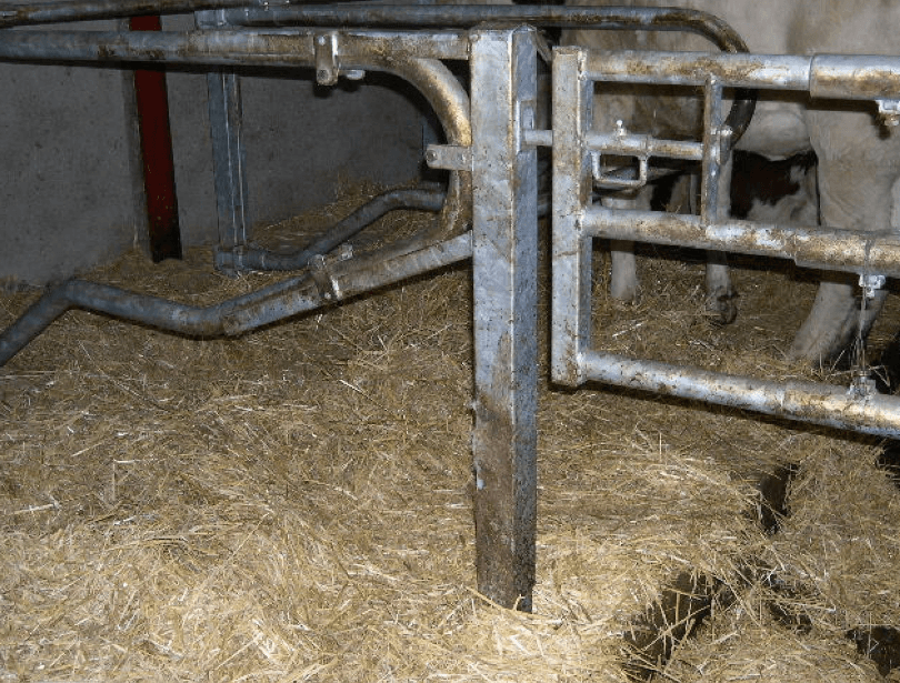 Support de barrière sur Logette